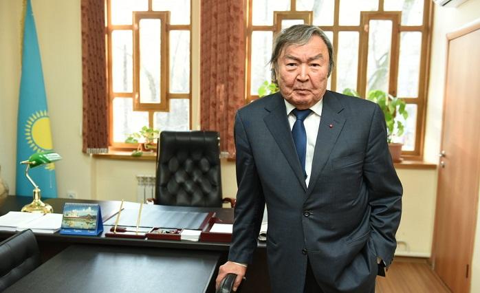 Олжас Сулейменов возглавил Центр сближения культур