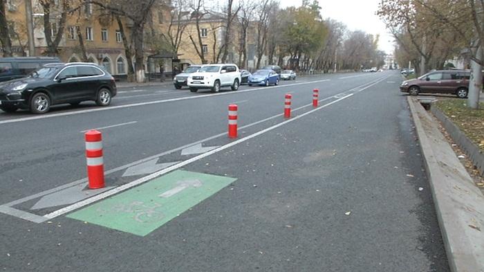 В Алматы намерены обучать водителей общественного транспорта культуре на дорогах