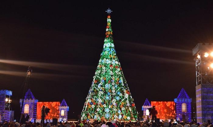 Главную ёлку страны зажгут в Астане 18 декабря