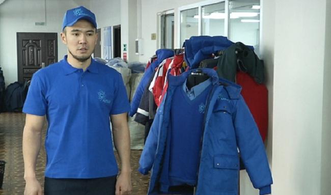 Водителей общественного транспорта в Алматы одели в новую униформу