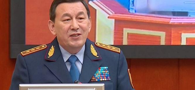Около 15 000 человек с двойным гражданством незаконно получали соцвыплаты в Казахстане