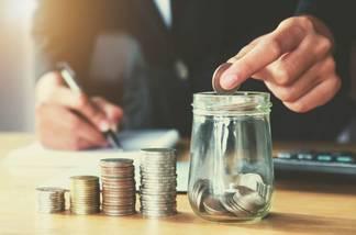 Акимат простил бухгалтера за присвоение денег в Карагандинской области
