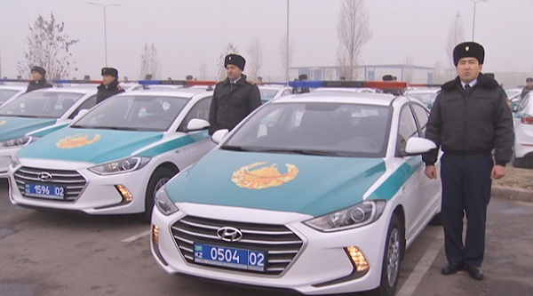 Полиция Алматы получила новые автомобили