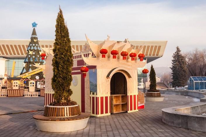 Резиденцию Деда Мороза открыли в Алматы