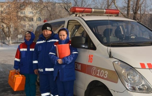 Скорая помощь Усть-Каменогорска останется без санитаров