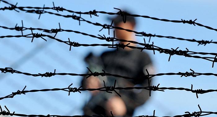 Наркотик в сале пытались передать заключенному в Таразе