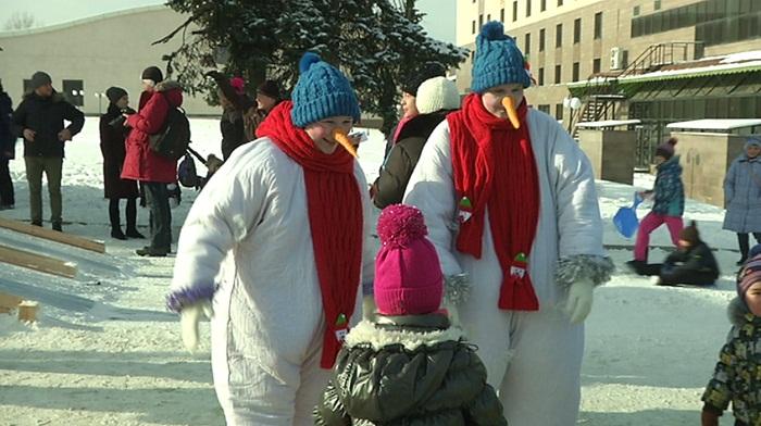 Зимний семейный фестиваль прошел в Алматы (фото)