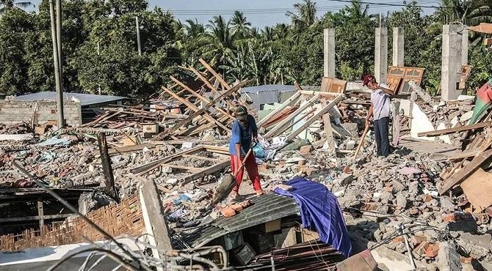 Цунами в Индонезии: число жертв превысило 430