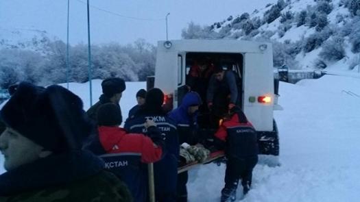 Около 150 иностранцев эвакуировали с дорог в Казахстане из-за морозов