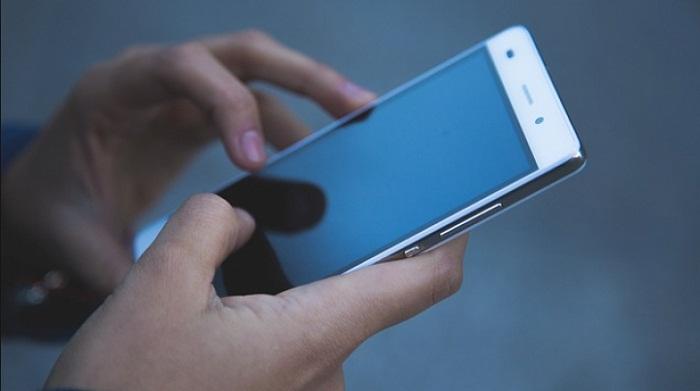 Казахстанцы должны предоставить операторам связи IMEI-коды своих смартфонов