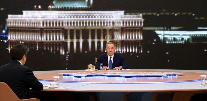 Нурсултан Назарбаев подвел итоги года на встрече с казахстанскими журналистами