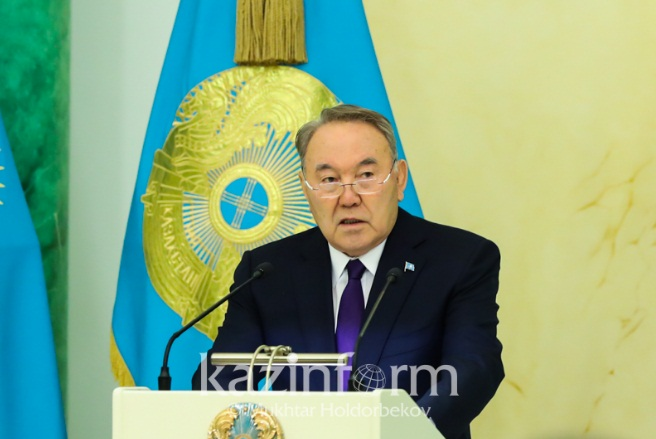 """Назарбаев высказался о """"досрочных"""" выборах"""