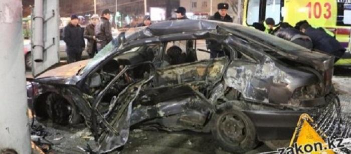 Актриса Айзада Сатыбалдиева, единственная выжившая в страшном ДТП в Алматы, остается в реанимации