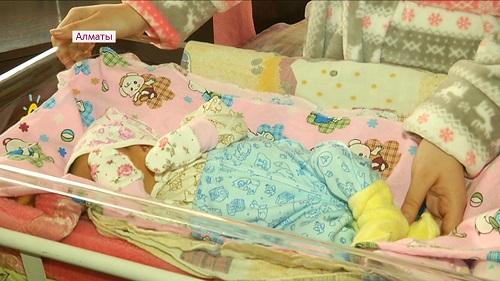 98 детей родилось 31 декабря в Алматы