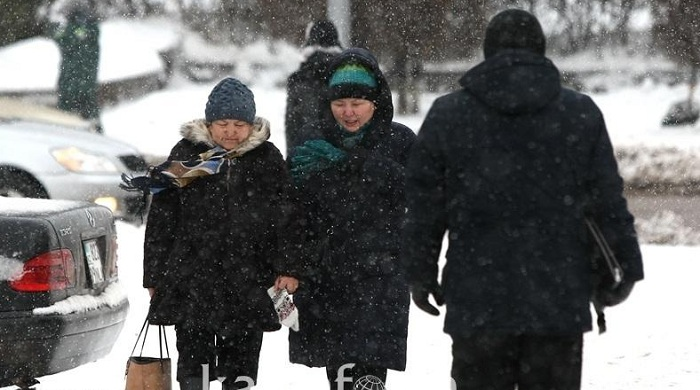 Потепление и снегопады прогнозируют синоптики в Казахстане