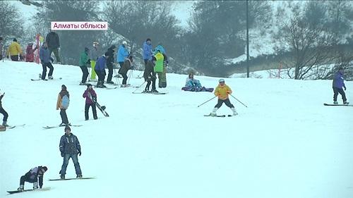 Новый горнолыжный парк открылся рядом с Алматы