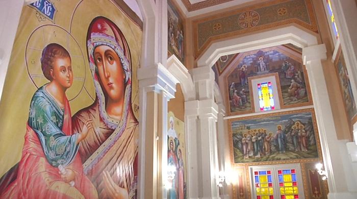 Исторические документы обнаружились во время ремонта в Вознесенском соборе Алматы