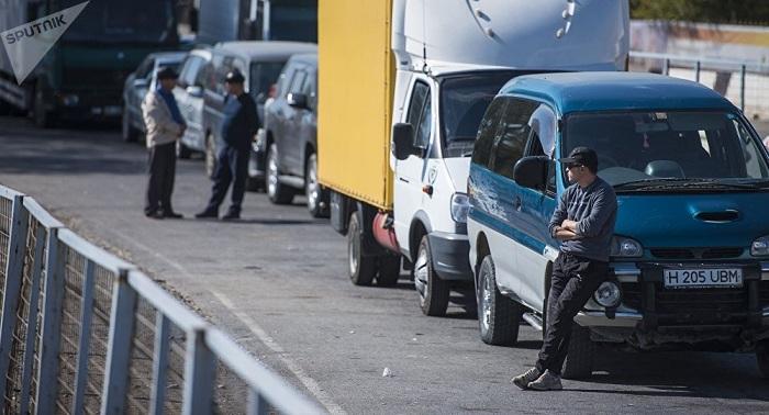 Как депутаты предложили решить проблемы ДТП и очередей на границе с Кыргызстаном