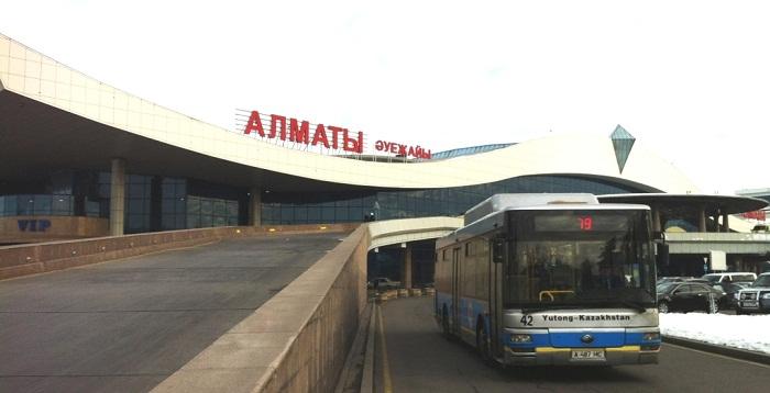 В аэропорту Алматы задерживаются рейсы