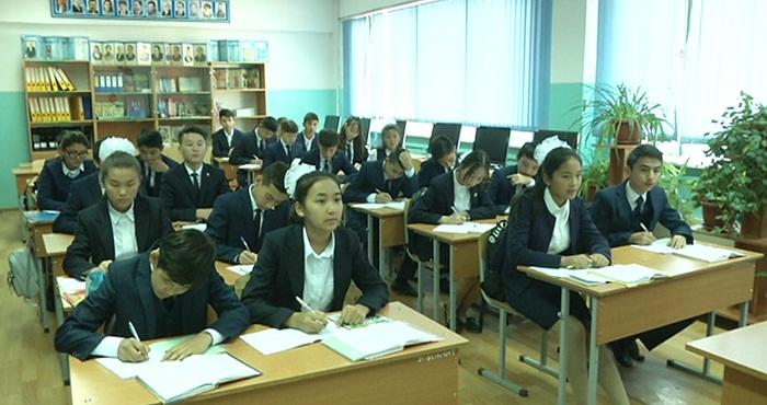 Платное ЕНТ пройдет в январе в Казахстане