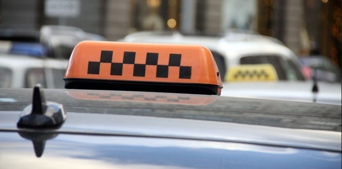 Таксисты вернули миллион тенге актюбинцу