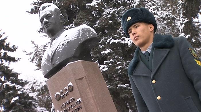 Память Динмухамеда Кунаева почтили в Алматы