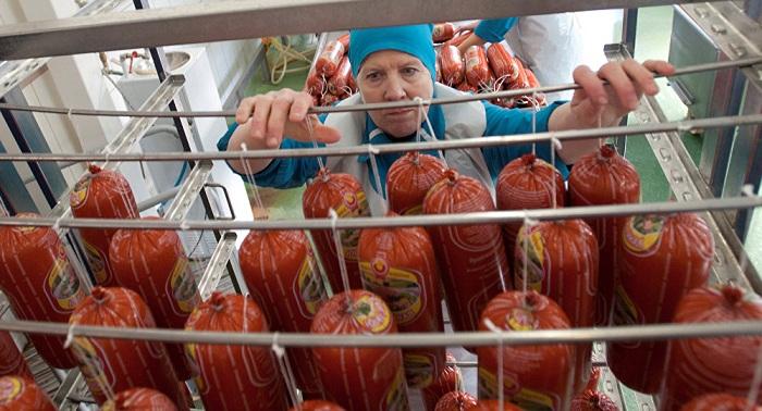 ДНК свиньи нашли в колбасах в Казахстане
