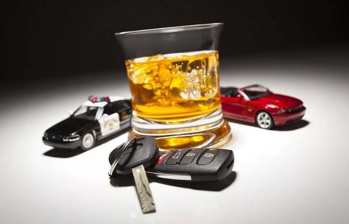 Пьяный водитель сбил полицейского в Петропавловске