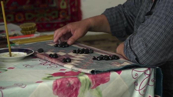 Подозреваемый в смерти пациента целитель освобожден из-под стражи в Алматинской области – эксклюзив