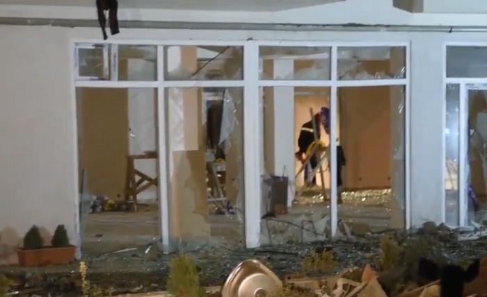 Газ взорвался в жилом доме в Тбилиси, четверо погибли (видео)