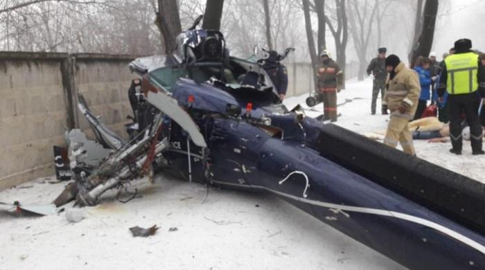 Вертолет рухнул на территорию санатория в Алматы