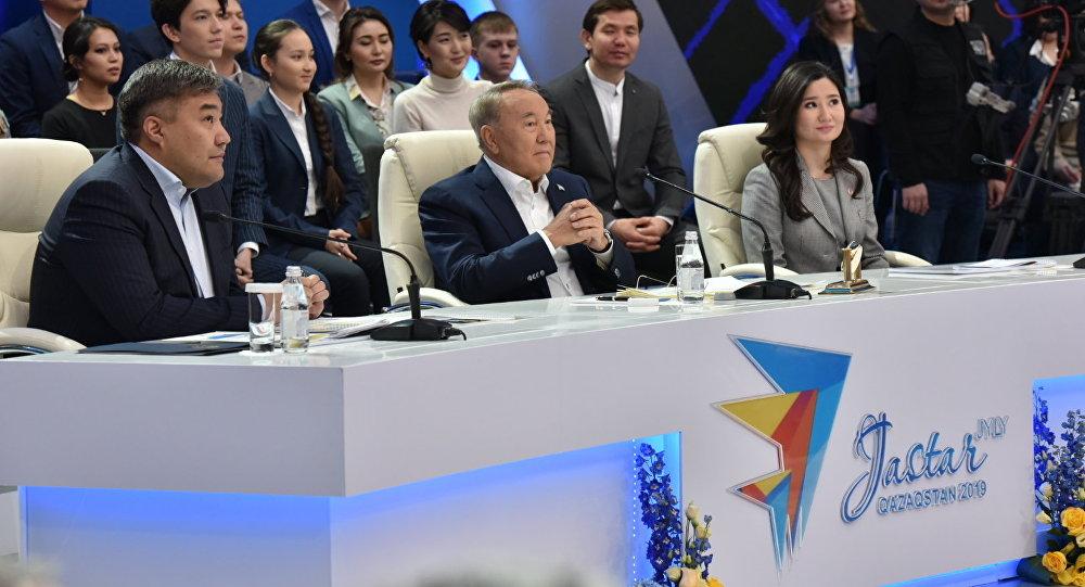 Нурсултан Назарбаев поручил увеличить подъемные молодым специалистам