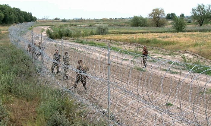 Пограничники Кыргызстана застрелили казахстанца
