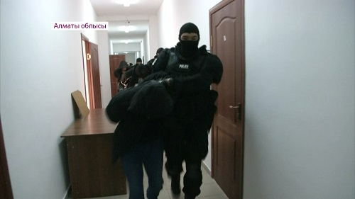Группу воров-рецидивистов обезвредили в Алматинской области