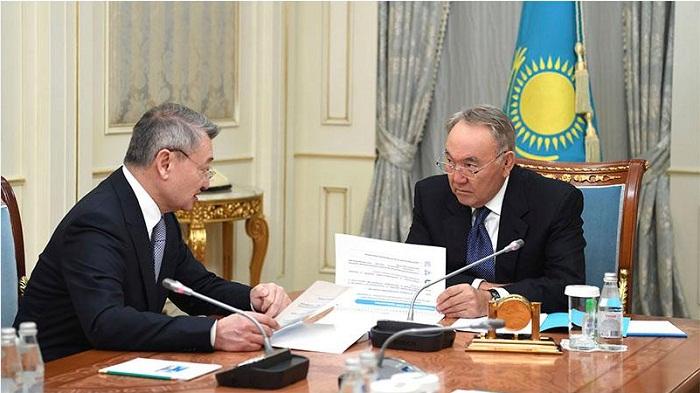 Нурсултан Назарбаев встретился с Даниалом Ахметовым