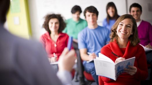 Аким преподаёт сельчанам английский в Акмолинской области