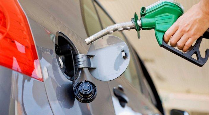 С этого года будет обеспечена внутренняя потребность в бензине - Досаев