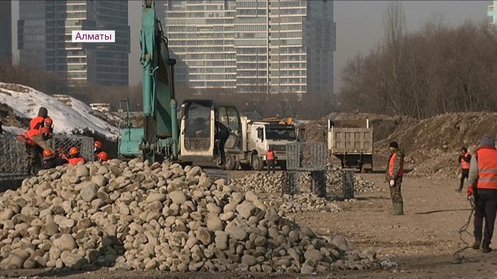 Реконструкция набережной реки Есентай в Алматы завершится летом