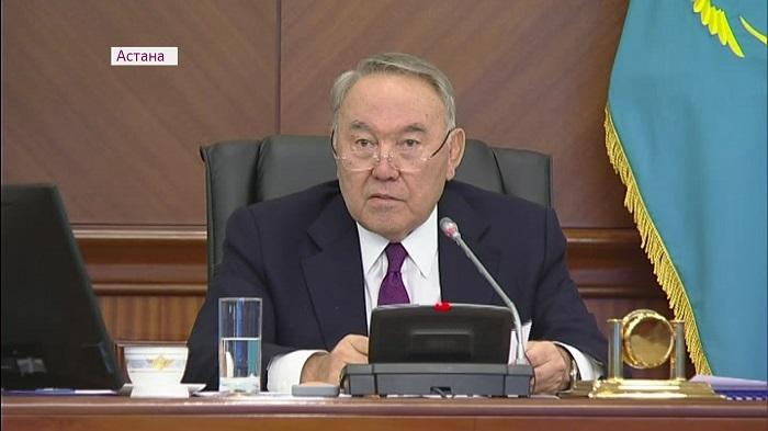 Простить казахстанцам задолженность по налогам на имущество и транспорт предложил президент