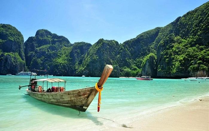 Таиланд ввел электронные визы для казахстанцев