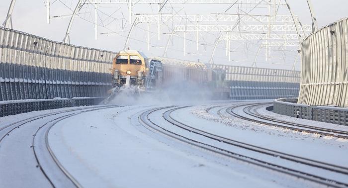 В Казахстане пассажирский поезд вернулся на станцию из-за сильного мороза