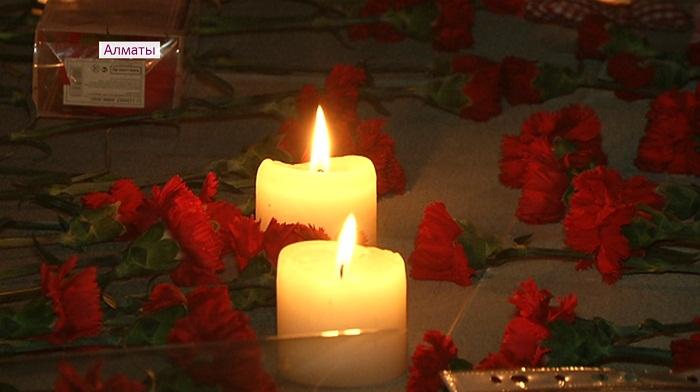 Казахстанцы пожертвовали семье Ситер, потерявшей в пожаре пятерых детей, 13 млн тенге