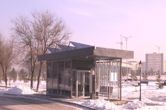 На въезде в Талдыкорган бездействует остановка за 11 млн тенге