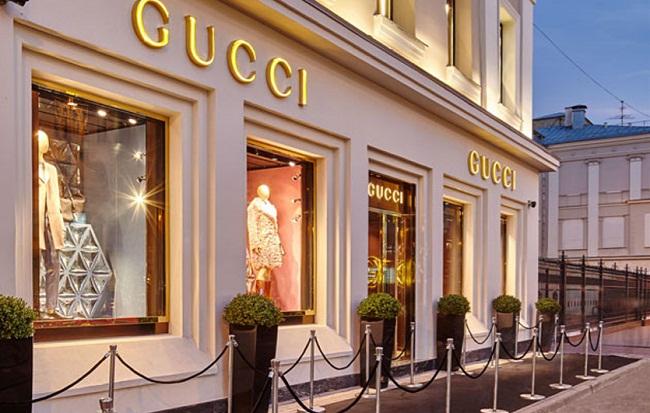 Gucci сняла с продажи водолазку из-за обвинений в расизме и официально извинилась