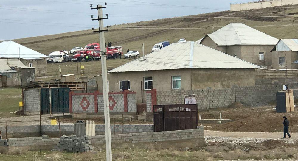 В Шымкенте произошел взрыв артиллерийского снаряда в жилом доме, есть пострадавшие