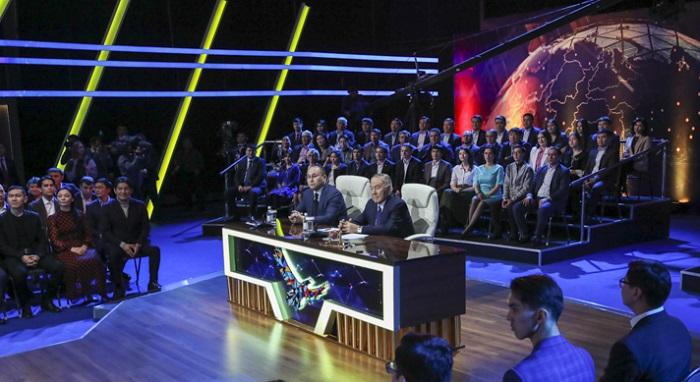 «От человека зависит всё, от его стремления» - Назарбаев о победителях «100 новых лиц»