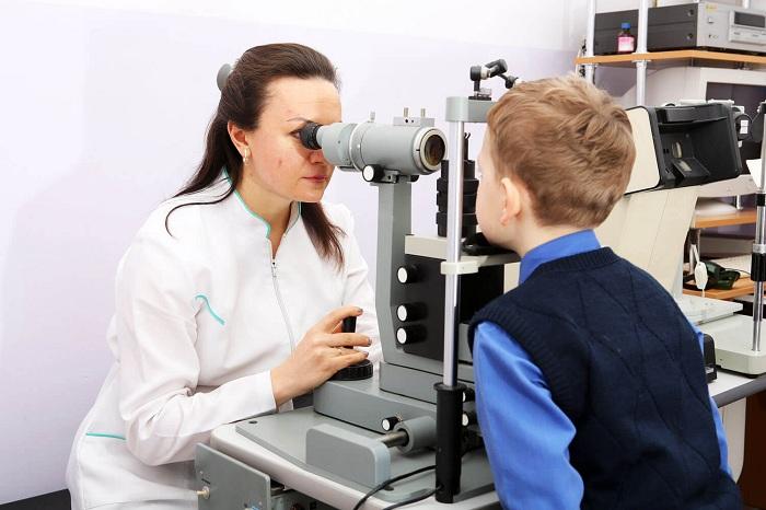 Заболевания глаз чаще всего фиксируют у детей в Восточном Казахстане
