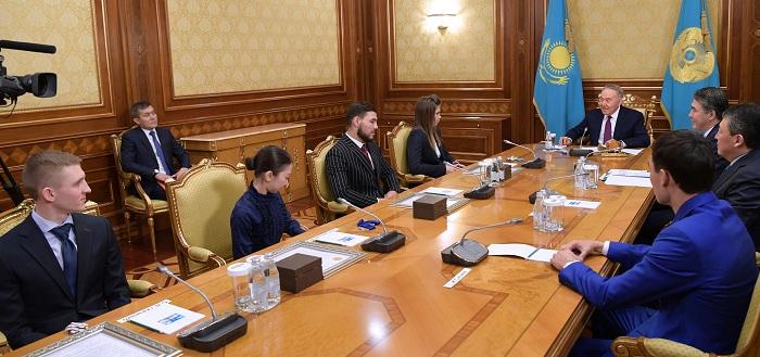 Президент Казахстана встретился с победителями и призерами международных спортивных соревнований