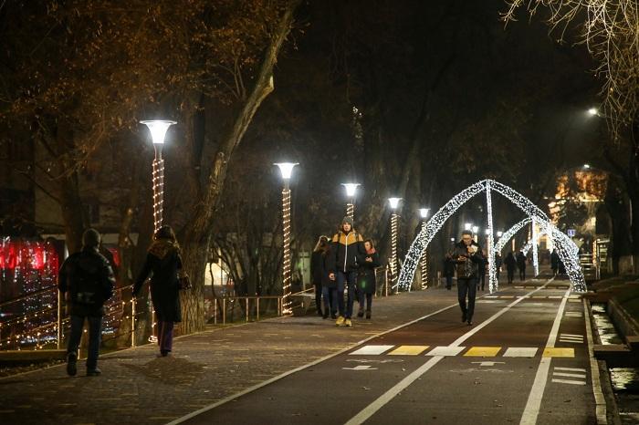 В Алматы еще на 120 улицах установят энергосберегающие светодиодные фонари (фото)