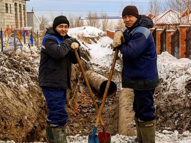 Аким Усть-Каменогорска станет рассказывать своим подписчикам в соцсети о простых рабочих